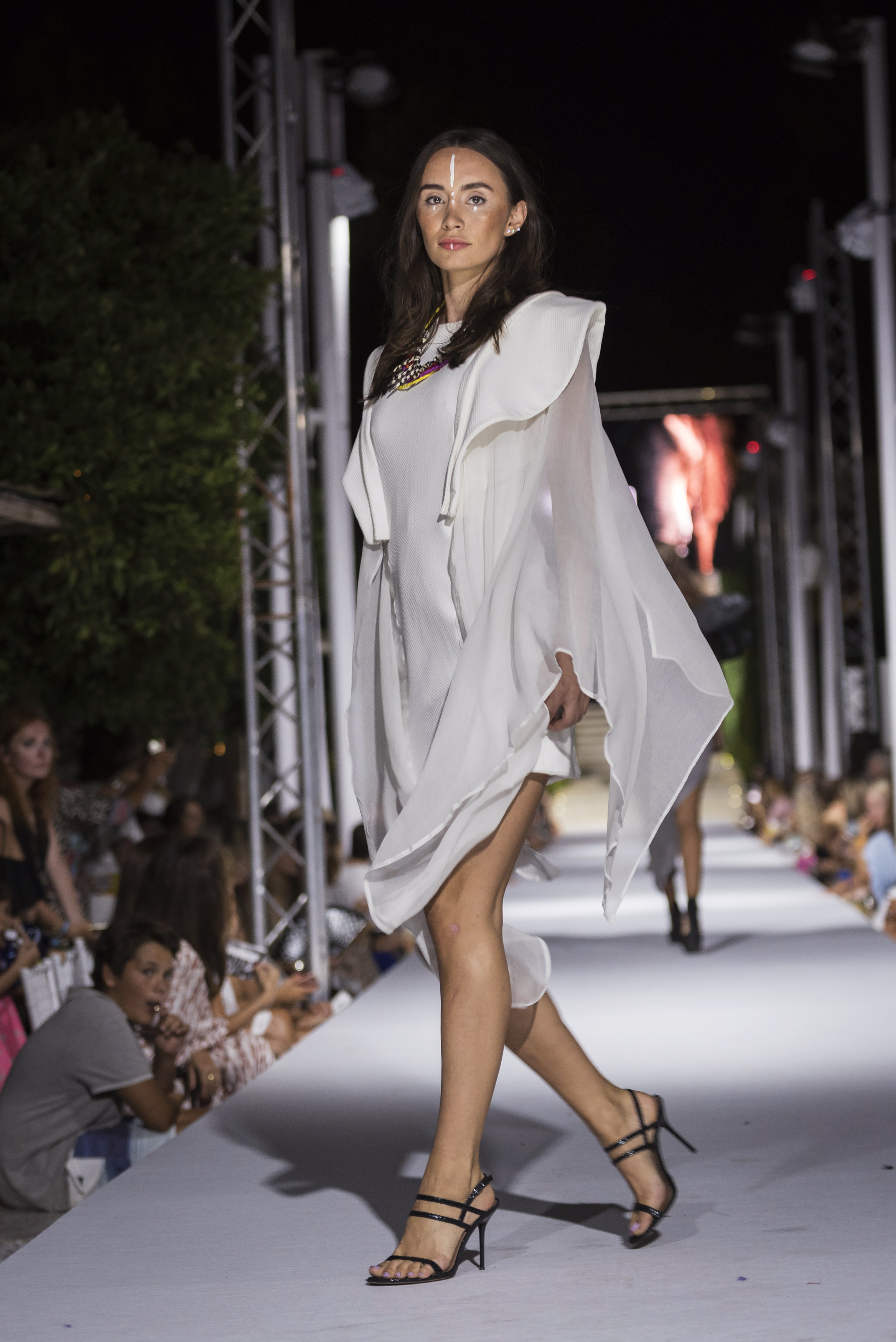 Atzaro Fashion Festival (143).jpg