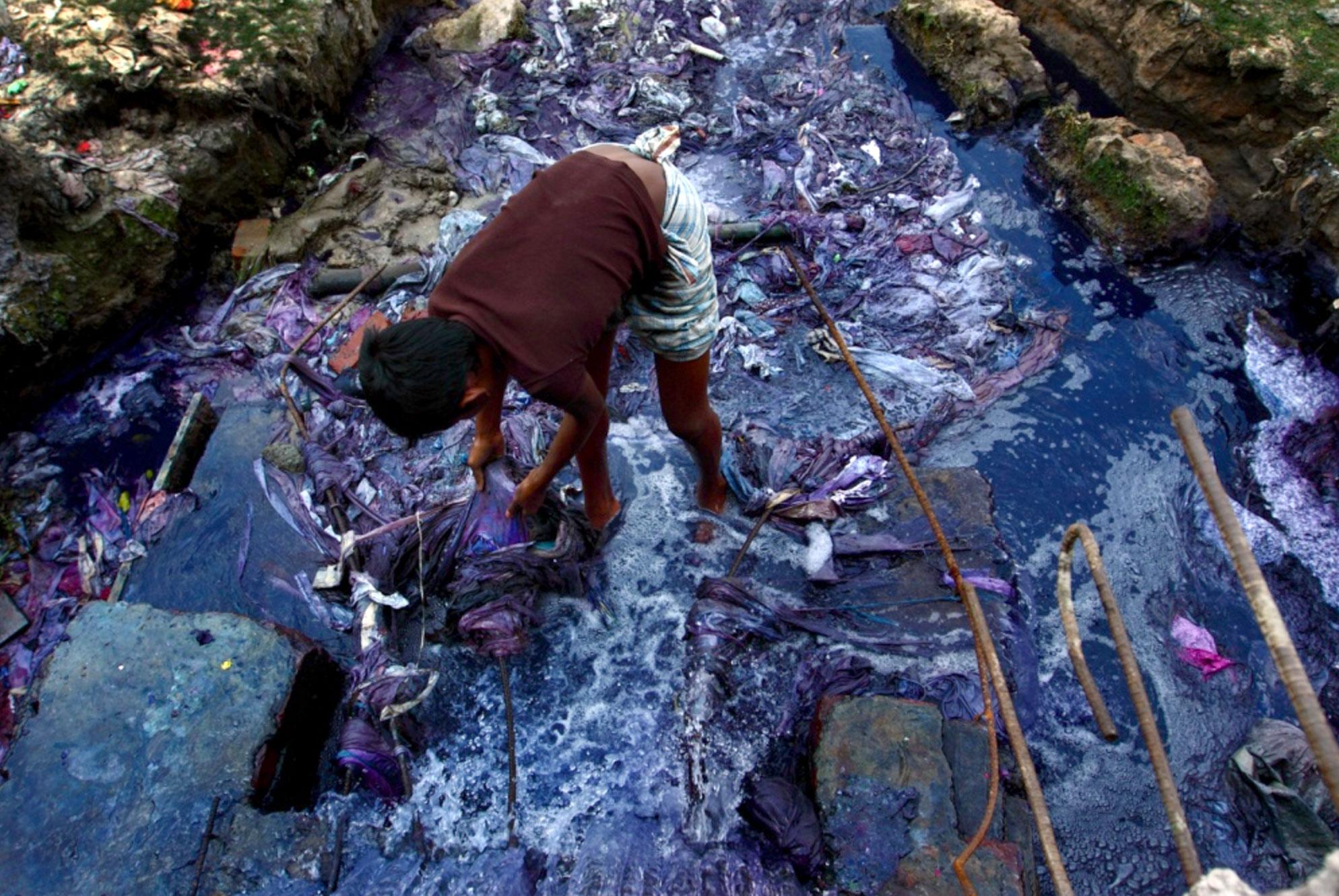 Photo by  Probal Rashid  of the Turag River, Bangladesh