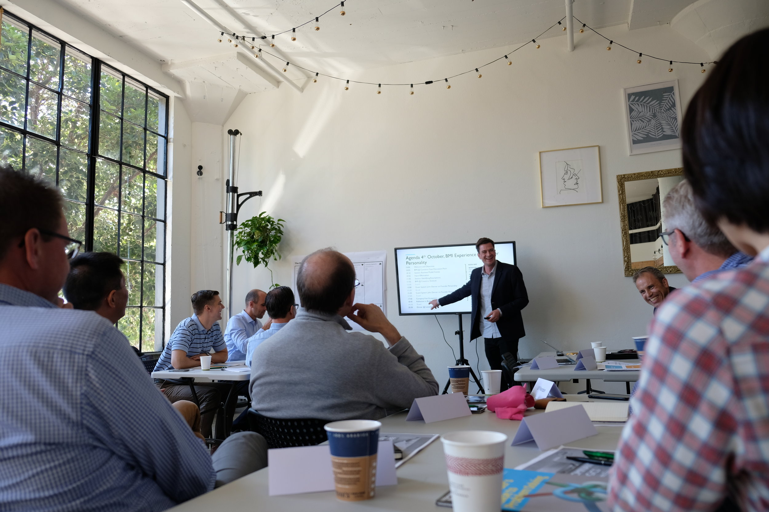 Our CEO, Felix Hofmann, gives a lecture to the study group in San Francisco.
