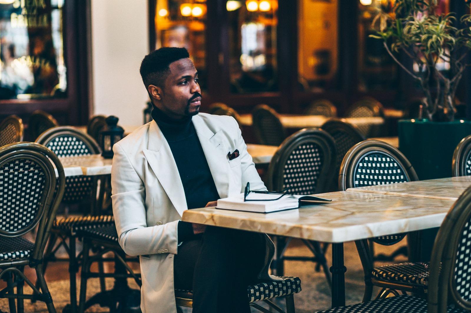 O.O.Kukoyi | The Artful Voice of Neo-African Elegance