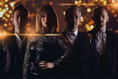 iLectric - Female Pop Wedding Band