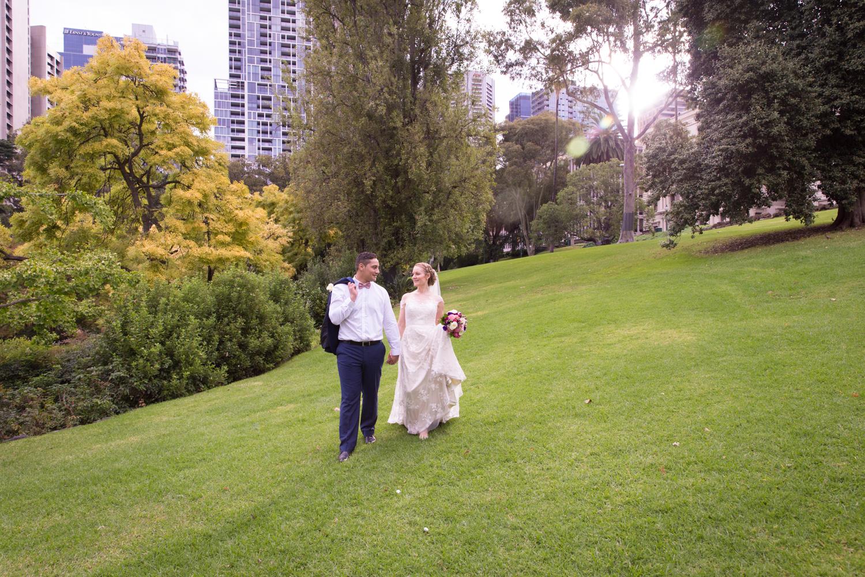 melbourne wedding photographer yarra valley dandenong ranges city four daisies meredith bedford fitzroy treasury gardens