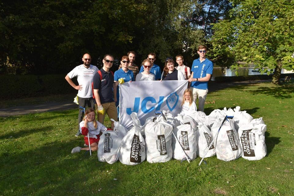 World clean up day JCI Gent 5.jpg