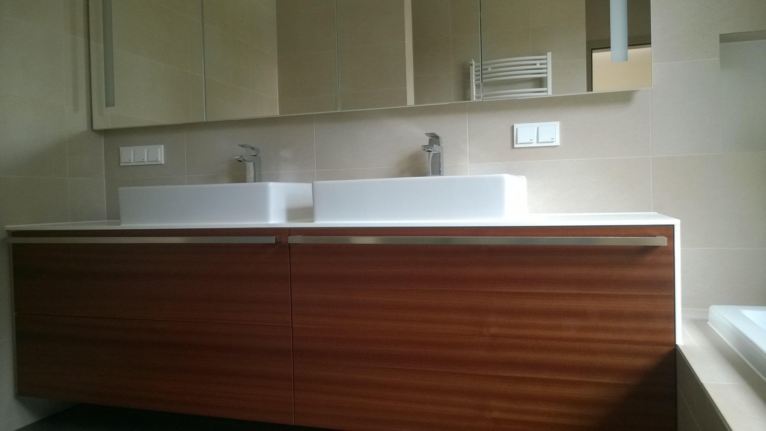 Splash! Bathrooms         Normal 0   21   false false false  DE X-NONE X-NONE                                                                                                                                                                                                                                                                                                                                                                                                                                                   /* Style Definitions */ table.MsoNormalTable {mso-style-name: