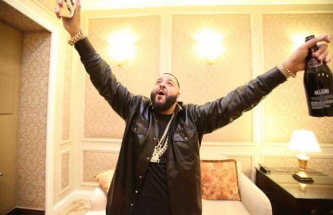 dj-khaled-instagram-selfie-with-champagne_vxjsrg.jpg