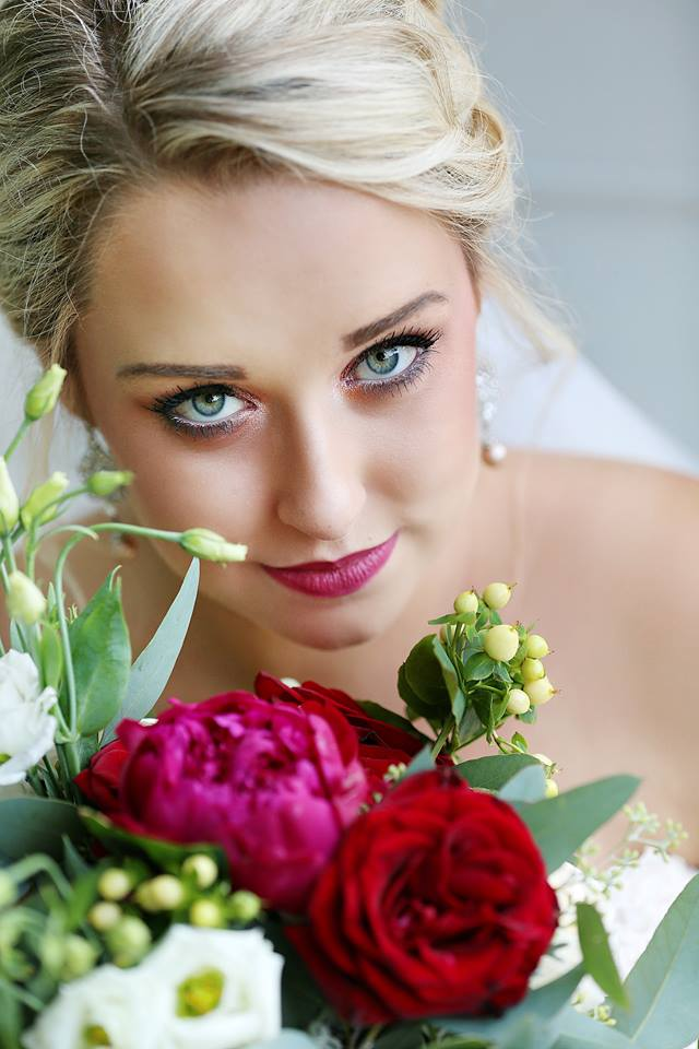 Photograph of the beautiful bride. (Brittany Bailey Photography)