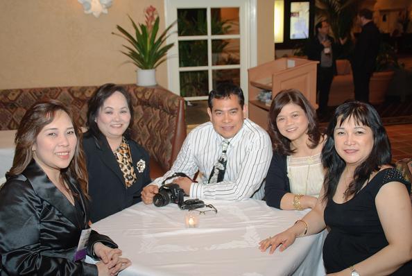 IAO Members enjoying conversation before the IAO Annual Banquet