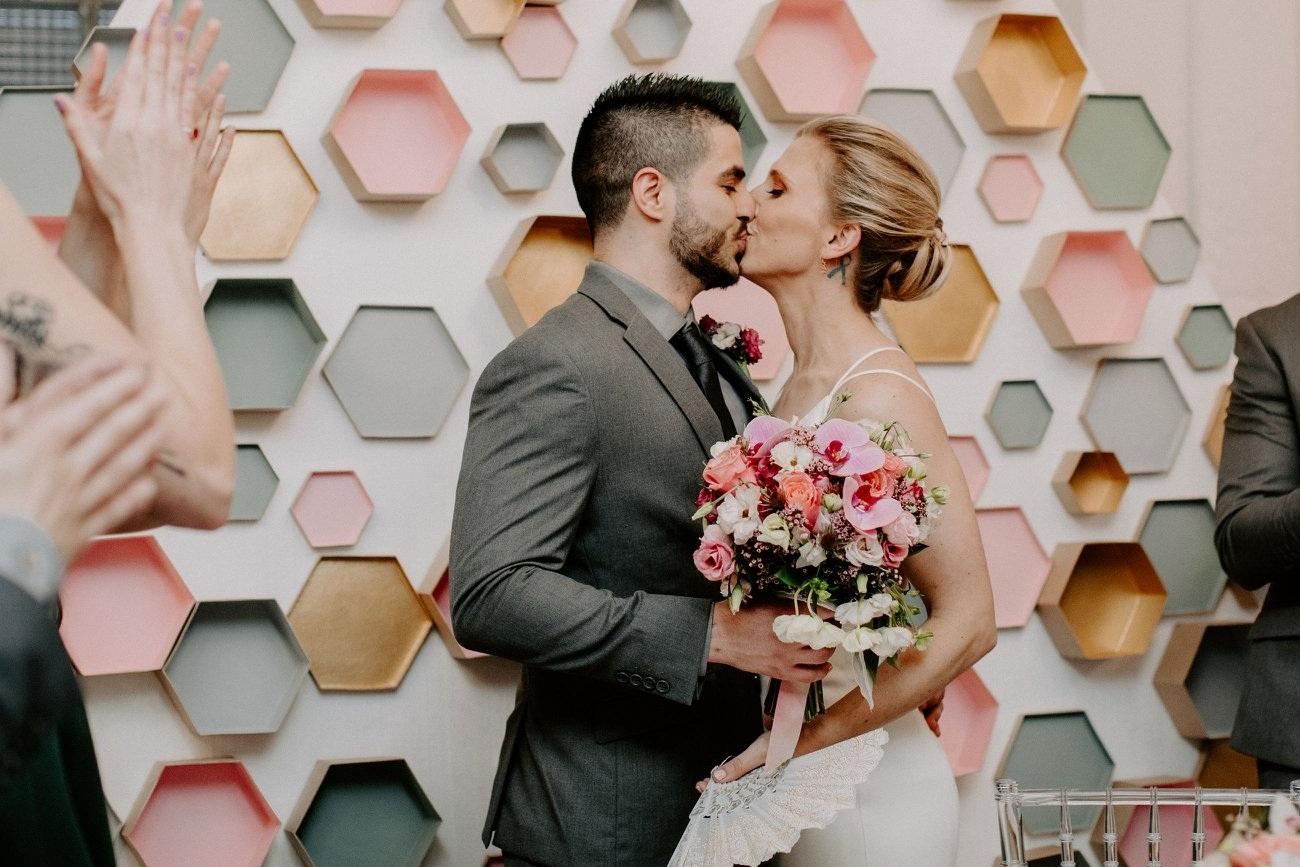 adler_planetarium_chicago_skyline_wedding_bhdln