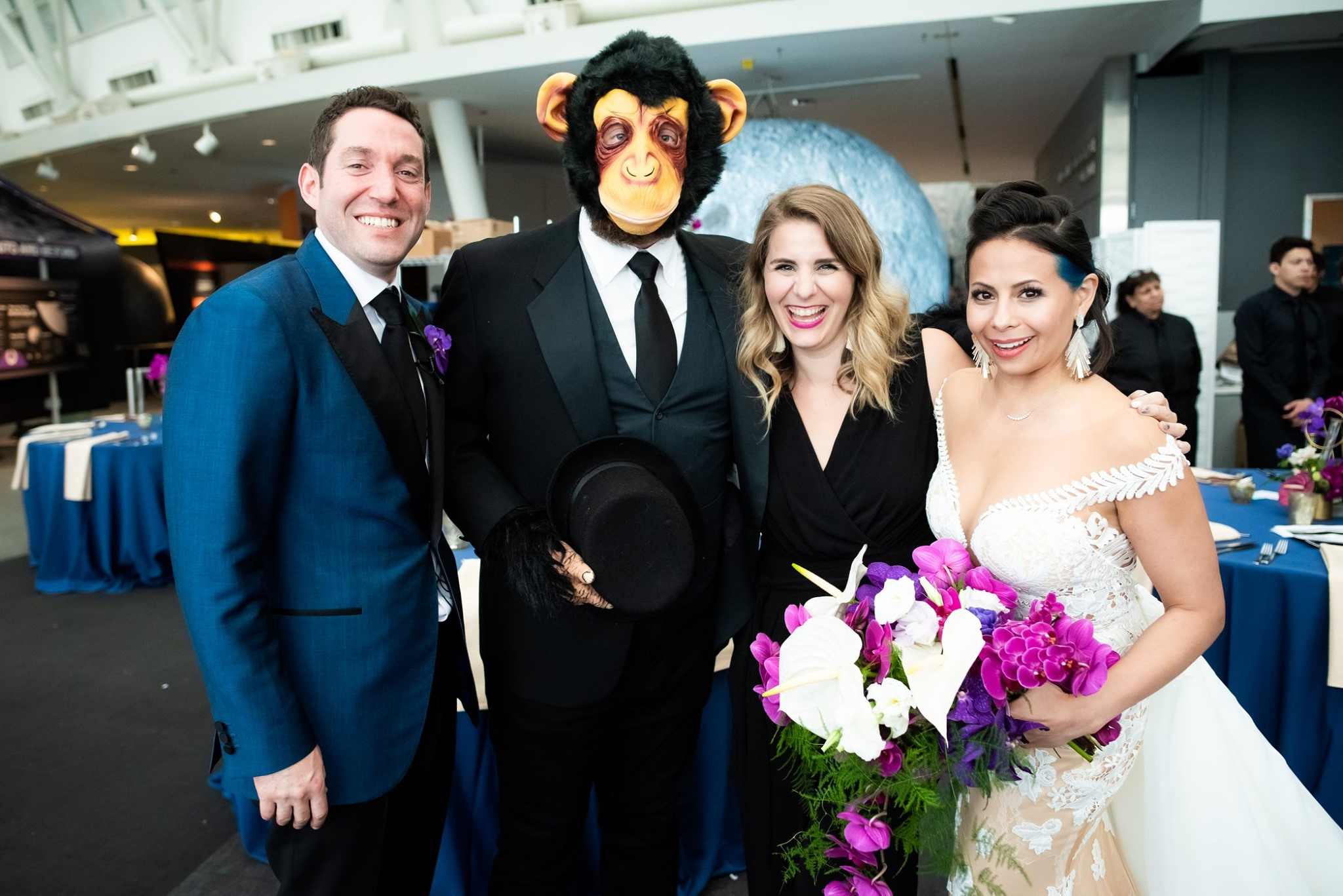adler_planetarium_wedding_monkey_surprise.jpg