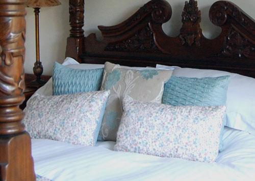 White cotton bedding