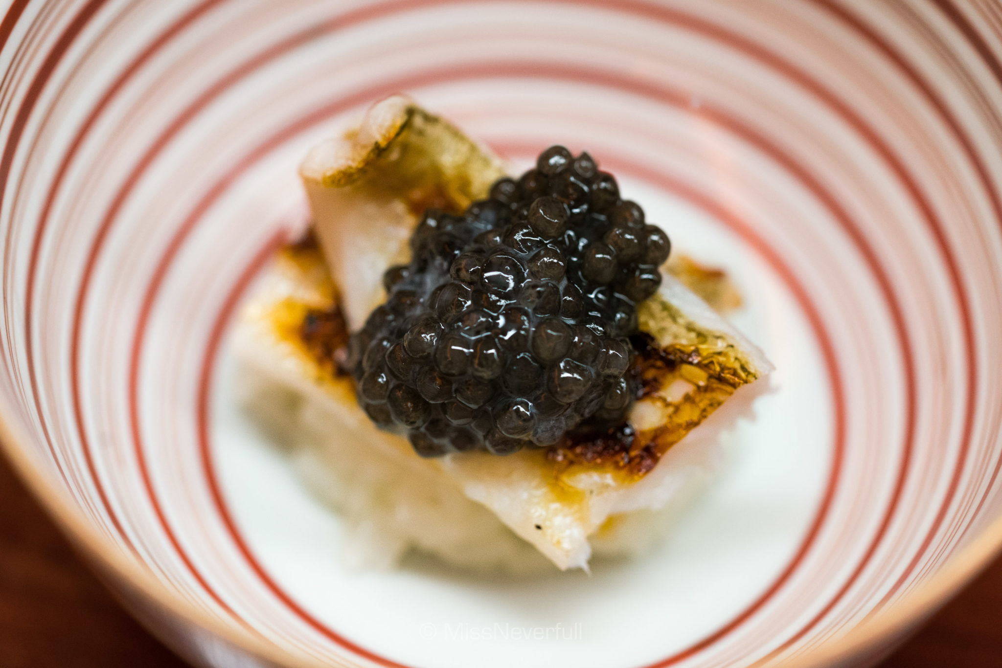 2. Hamo, caviar with steamed mochi rice | 鱧とキャビアの飯蒸し