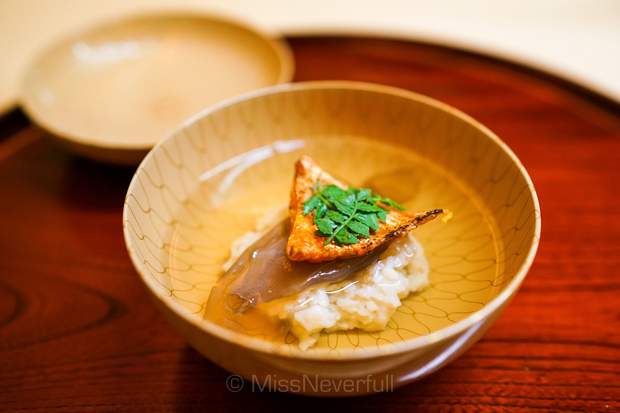 4. ホタテ真薯とクチコのお椀 | Hotate scallop dumpling soup, sea cucumber ovaries
