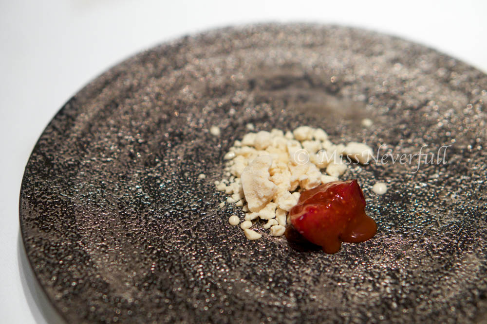 5. De-constructed cheese and fig compote