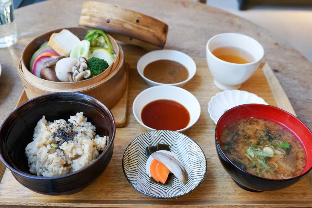 Basket Steamed Vegetable Meal (2200 JPY)