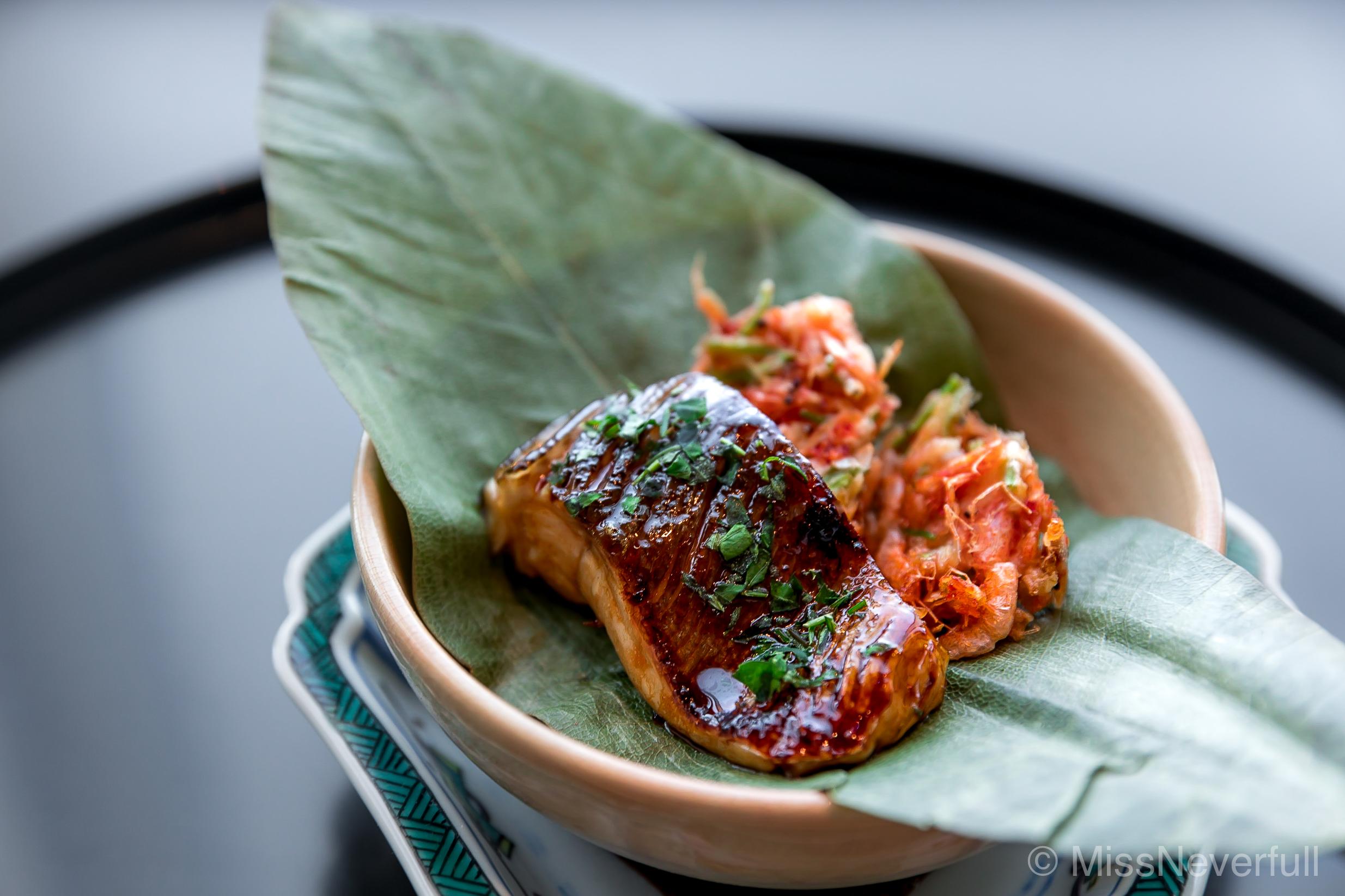5. 焼き鱒、桜エビの揚げ | Grilled Masu, Deep-fried Sakura ebi