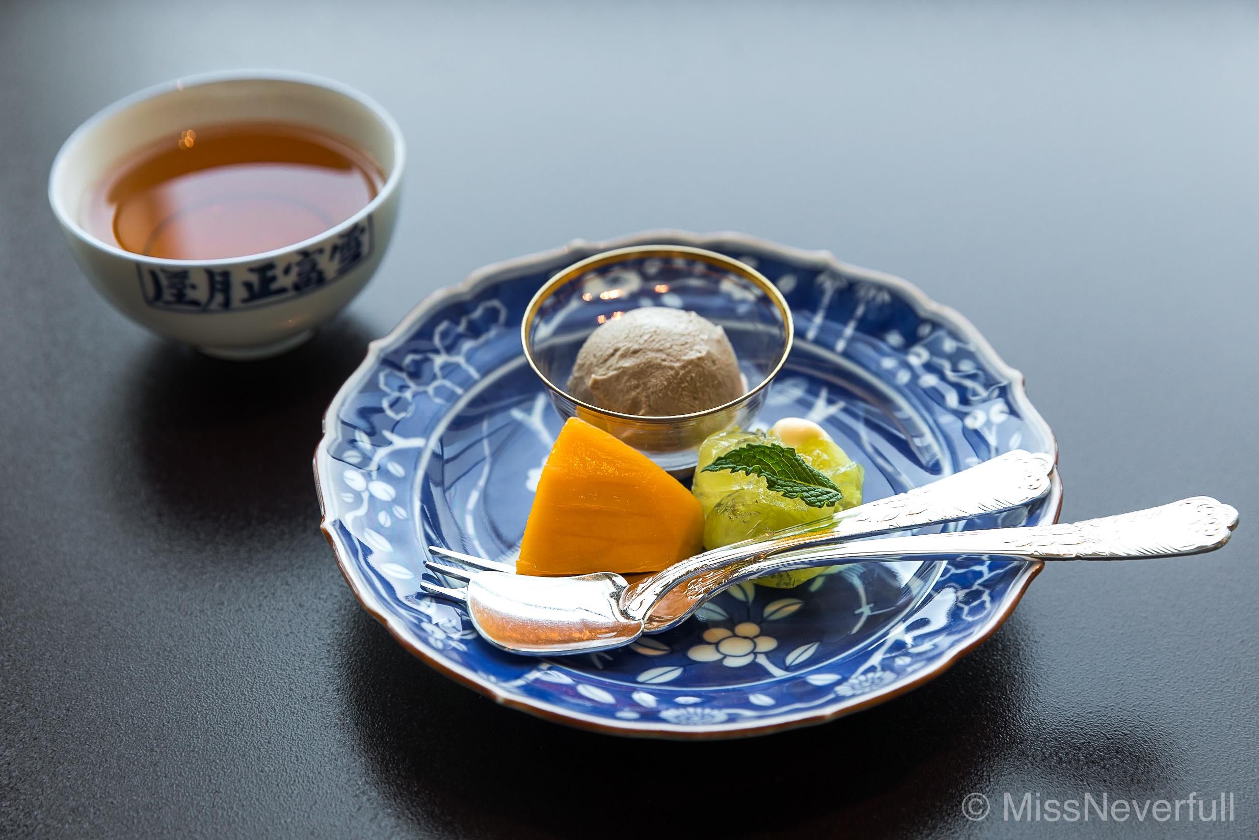 8. Desserts: 宮崎のマンゴー、静岡のメロン、ほじ茶アイス | Mango from Miyazaki, Melon from Shizuoka, Hojicha ice-cream