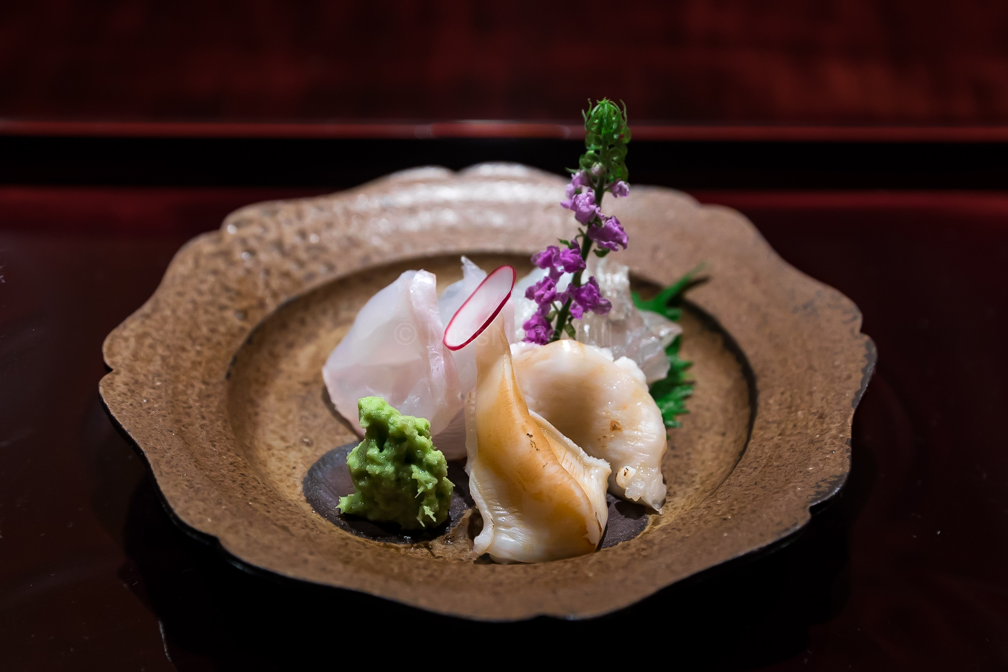 3. Kue (longtooth grouper), Mako-garei (marbled sole), Ishigaki gai (giant clam) | お造里:クエ、真子鰈、石垣貝