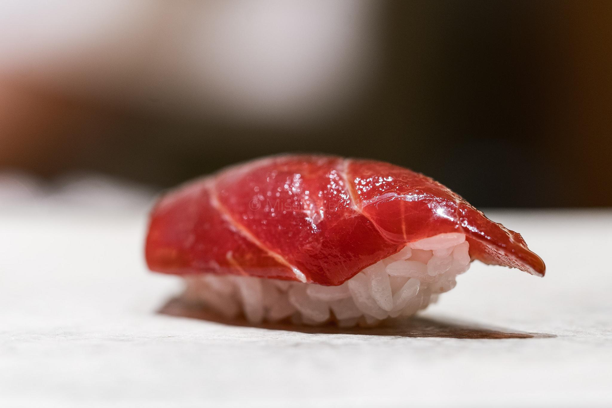 4. 赤身 / Akami