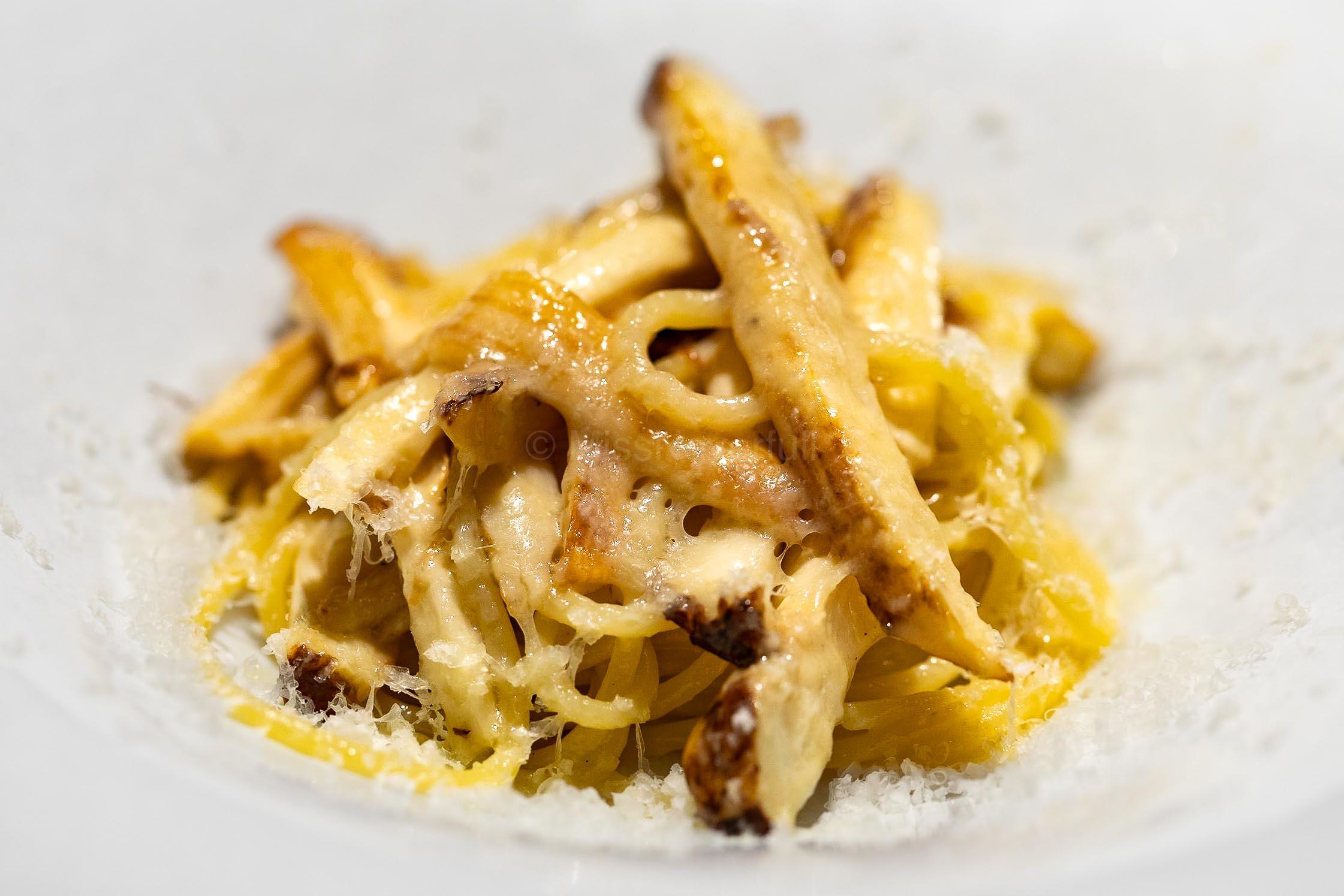 4. Spaghetti with Matsutake