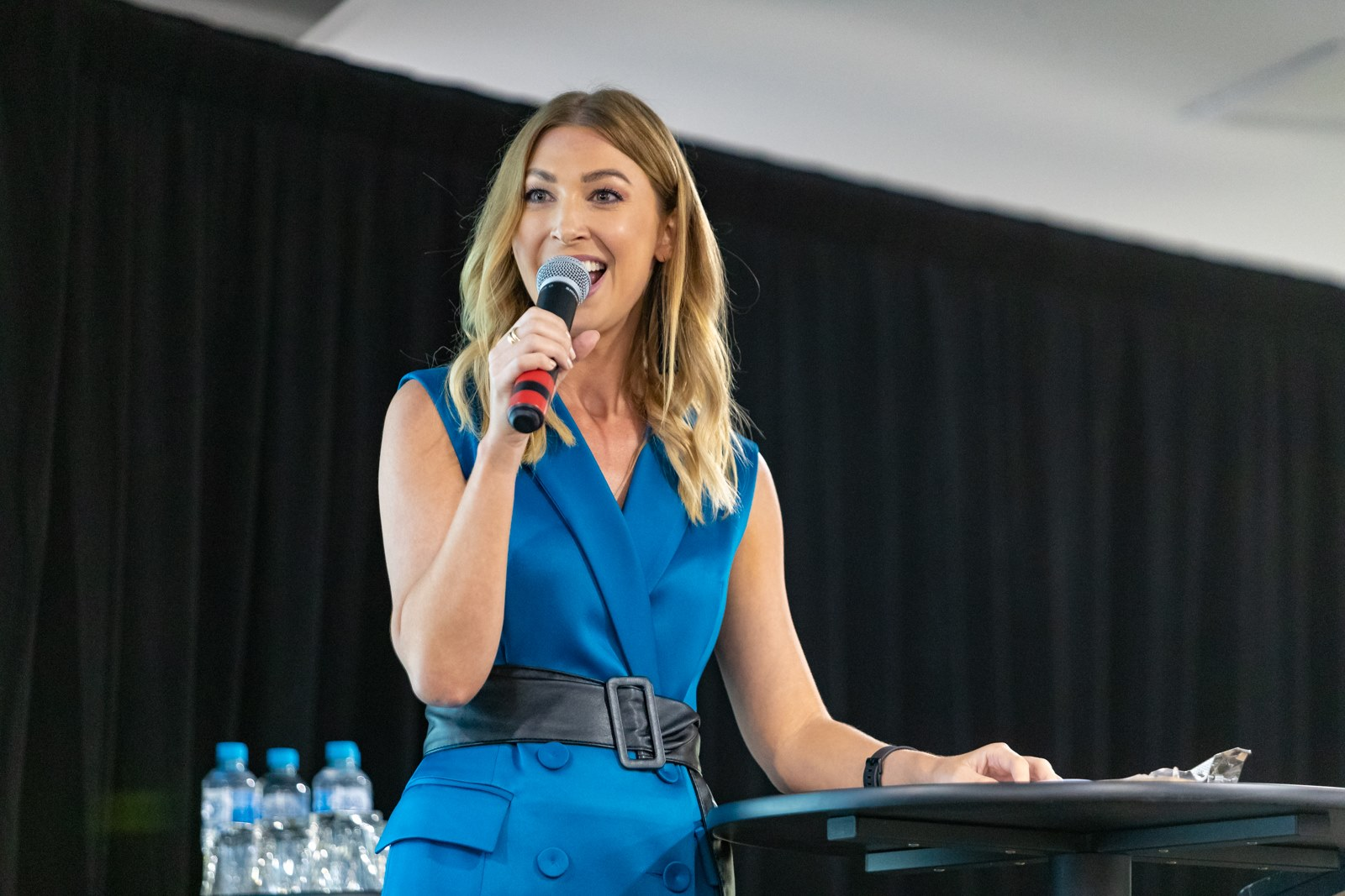 MC SERVICES + TV PRESENTING - With over twelve years experience in the media, established MC & presenter, Amanda Pernechele knows how to hold a room. Hosting radio and television programs, many charity events and food and wine festivals, just to name a few.