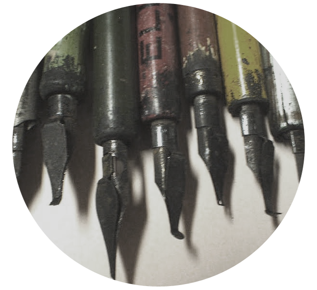 2-vintage-calligraphy-pens copy.png