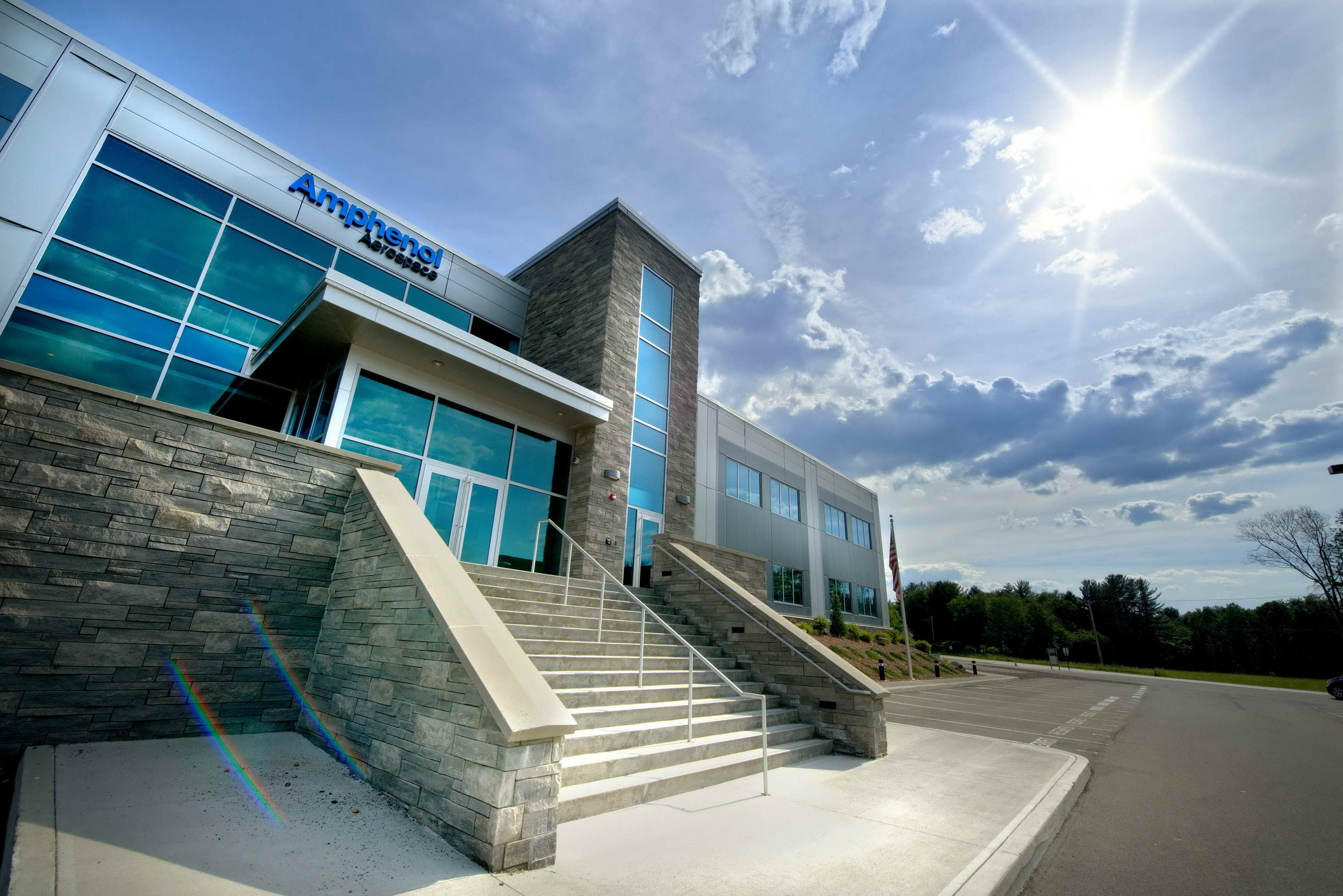 amphenol_aerospace_exterior_day