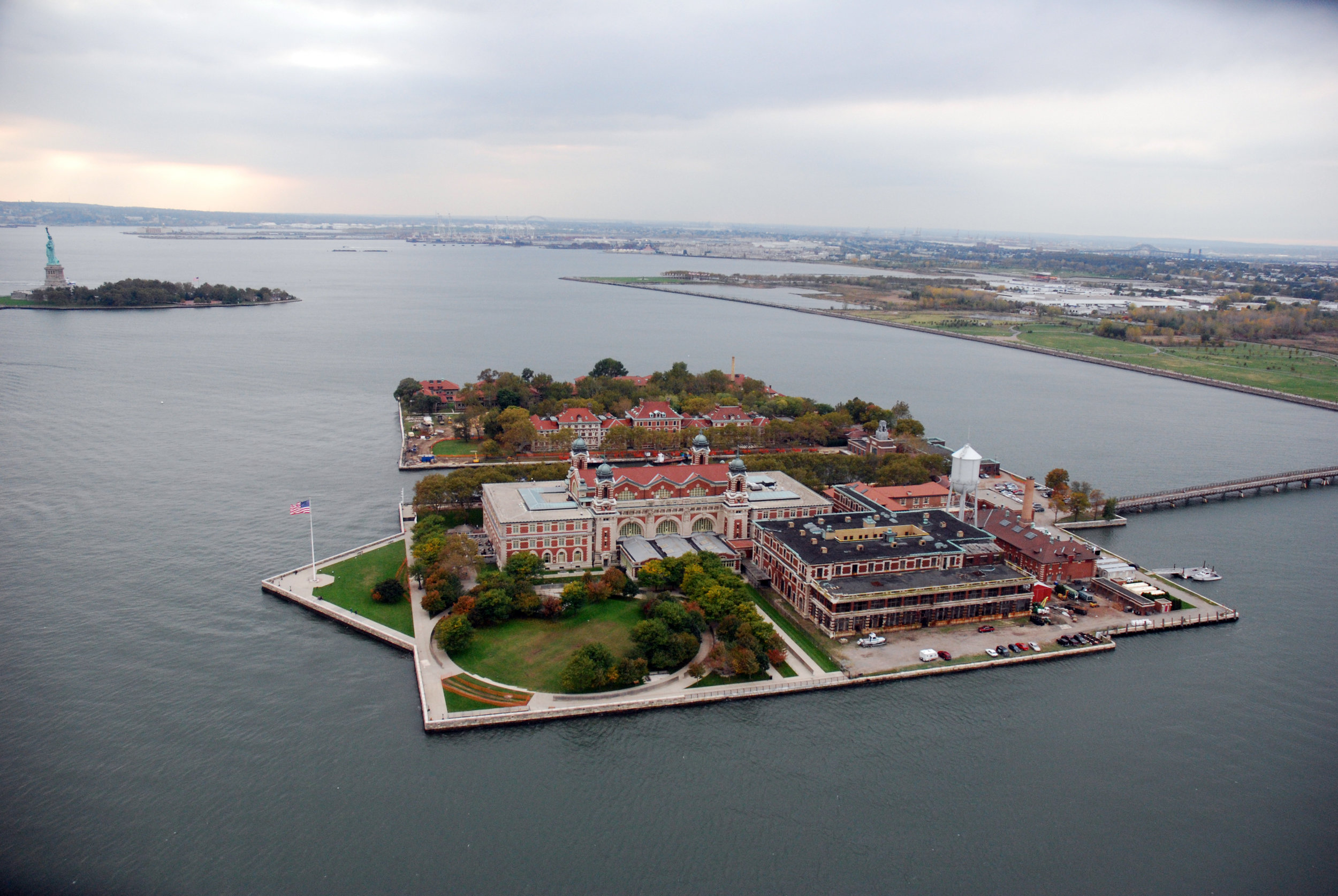 ellisisland_large.jpg