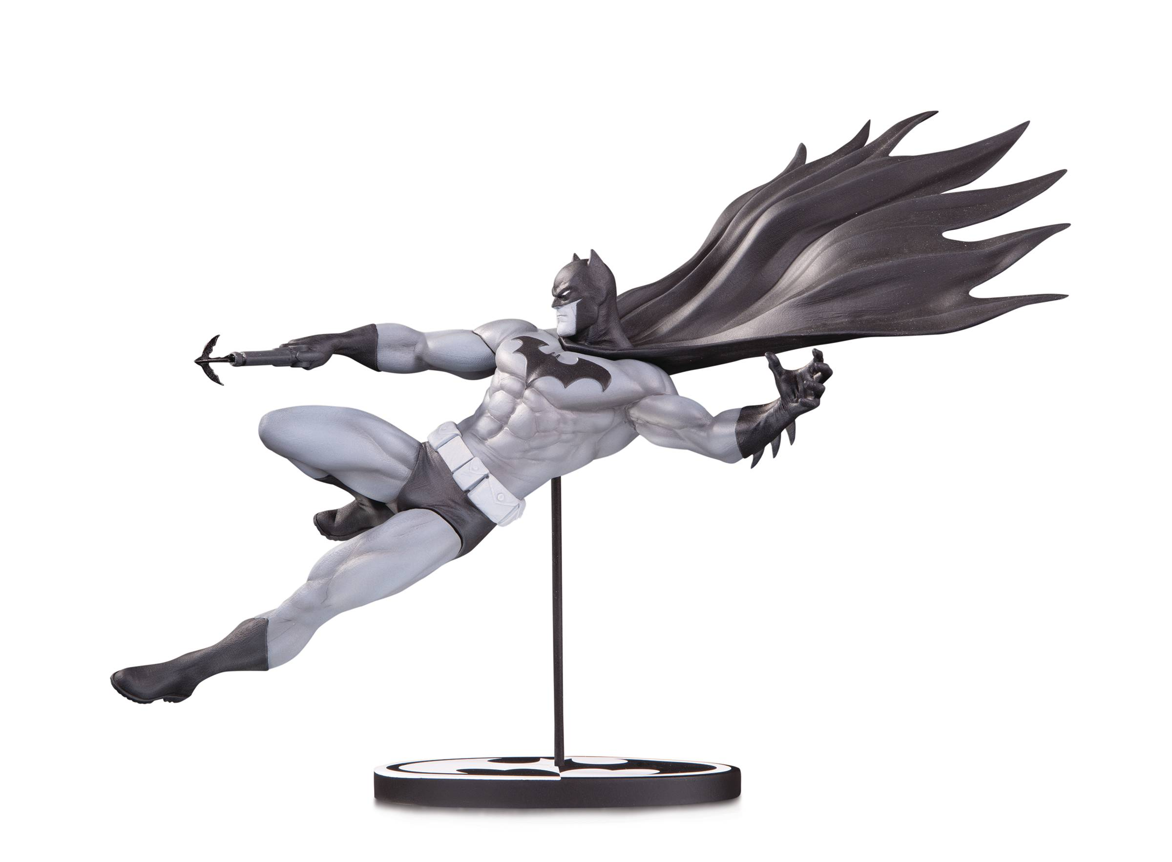 BATMAN BLACK & WHITE STATUE BY DOUG MAHNKE.jpg