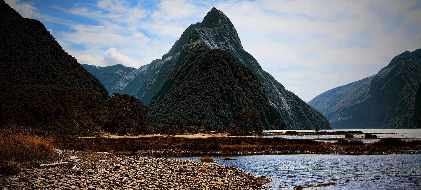 Mitre Peak Milford Sound, NZ