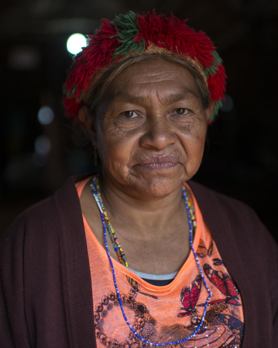 Iara, 56, Kaiowá