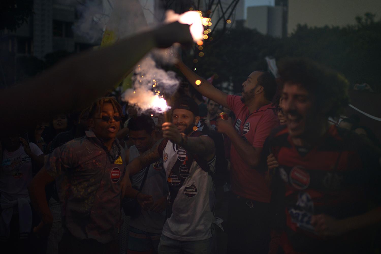 Soccer fans mixed for Fernando Haddad. 20 Oct 2018 © Lucas Landau