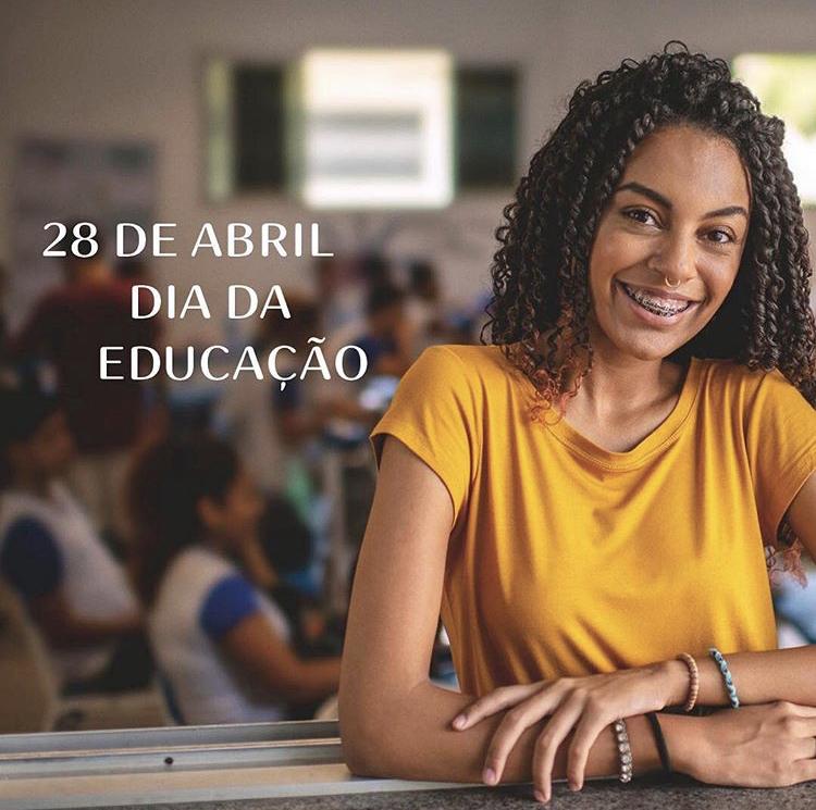 Pamela de Freitas, 15 anos. Aluna do 2º ano da Escola Viva São Pedro, em Vitória/ES.
