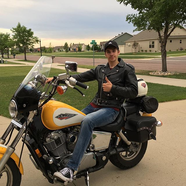 I bought a thing. DM for rides. Don't DM for riden'ts.  #motorcycle #hondashadow #badboy #leatherjacket #safetyfirst #safetylast #safetyalways