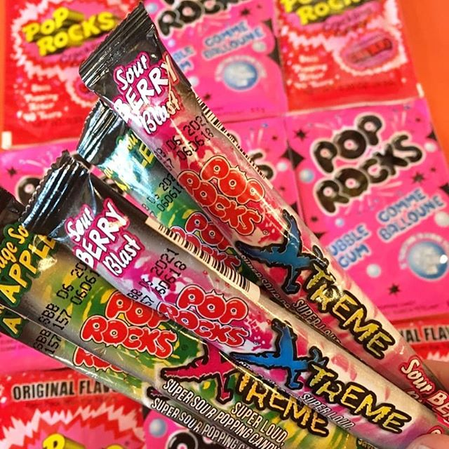 Pop Rocks Extreme Sour! #samesamebutdifferent #supersour 😷🎉 ° ° ° #poprocks #candy #candystore #kidinacandystore #retro #poppin #freaklunchbox unchbox