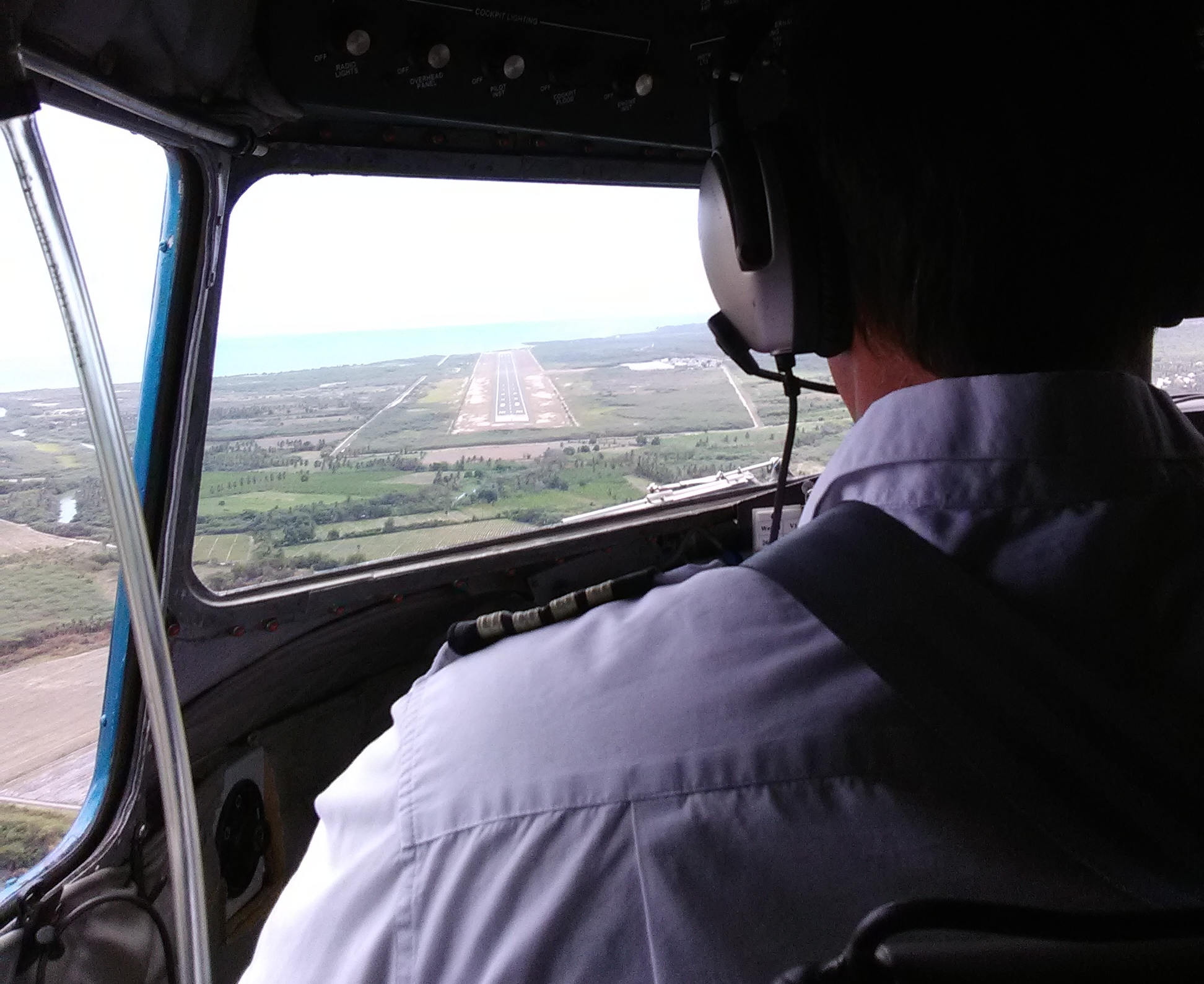 Landing in Barahona, DR as seen from the jump seat.