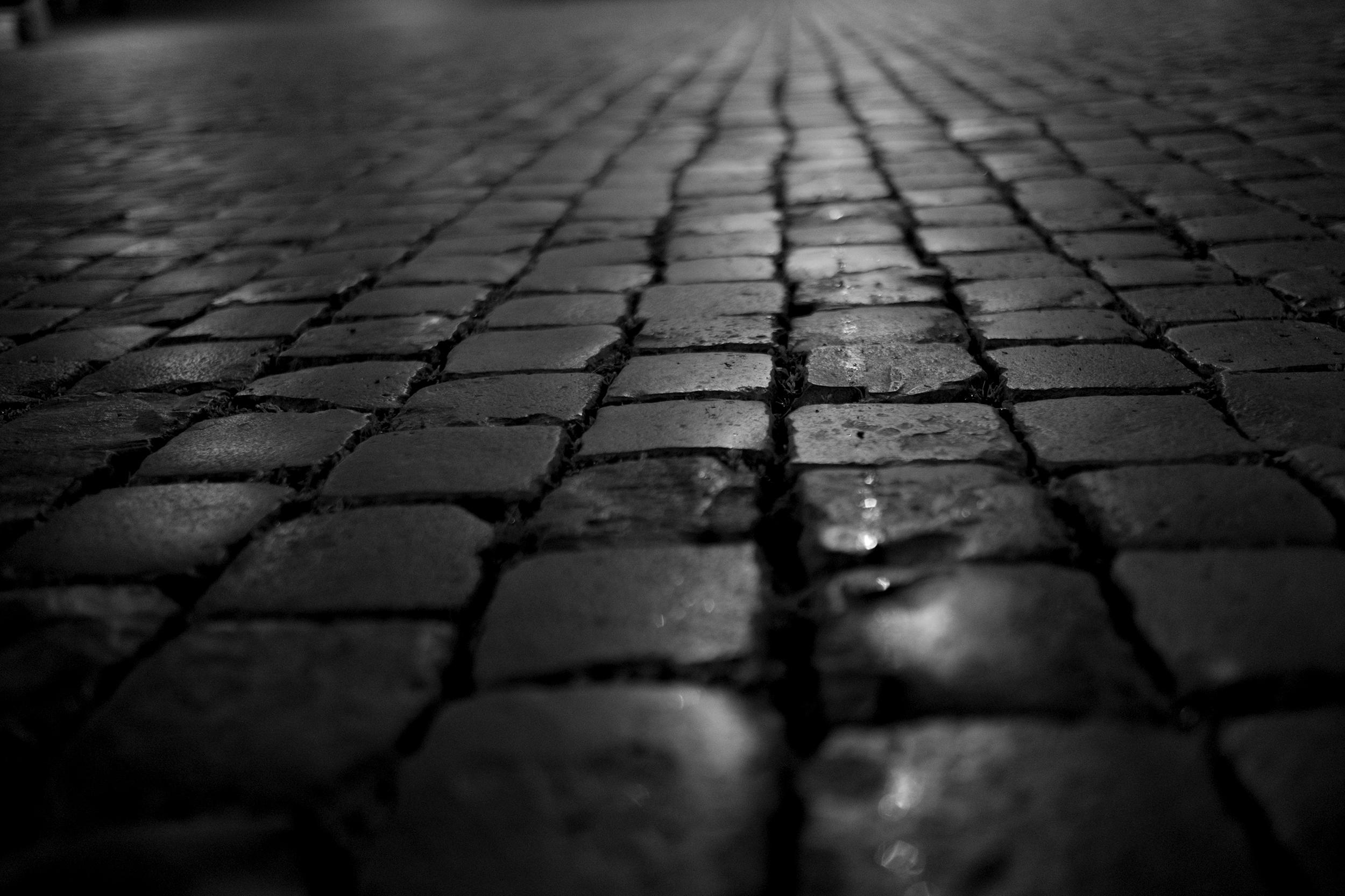rome_streetCU.jpg