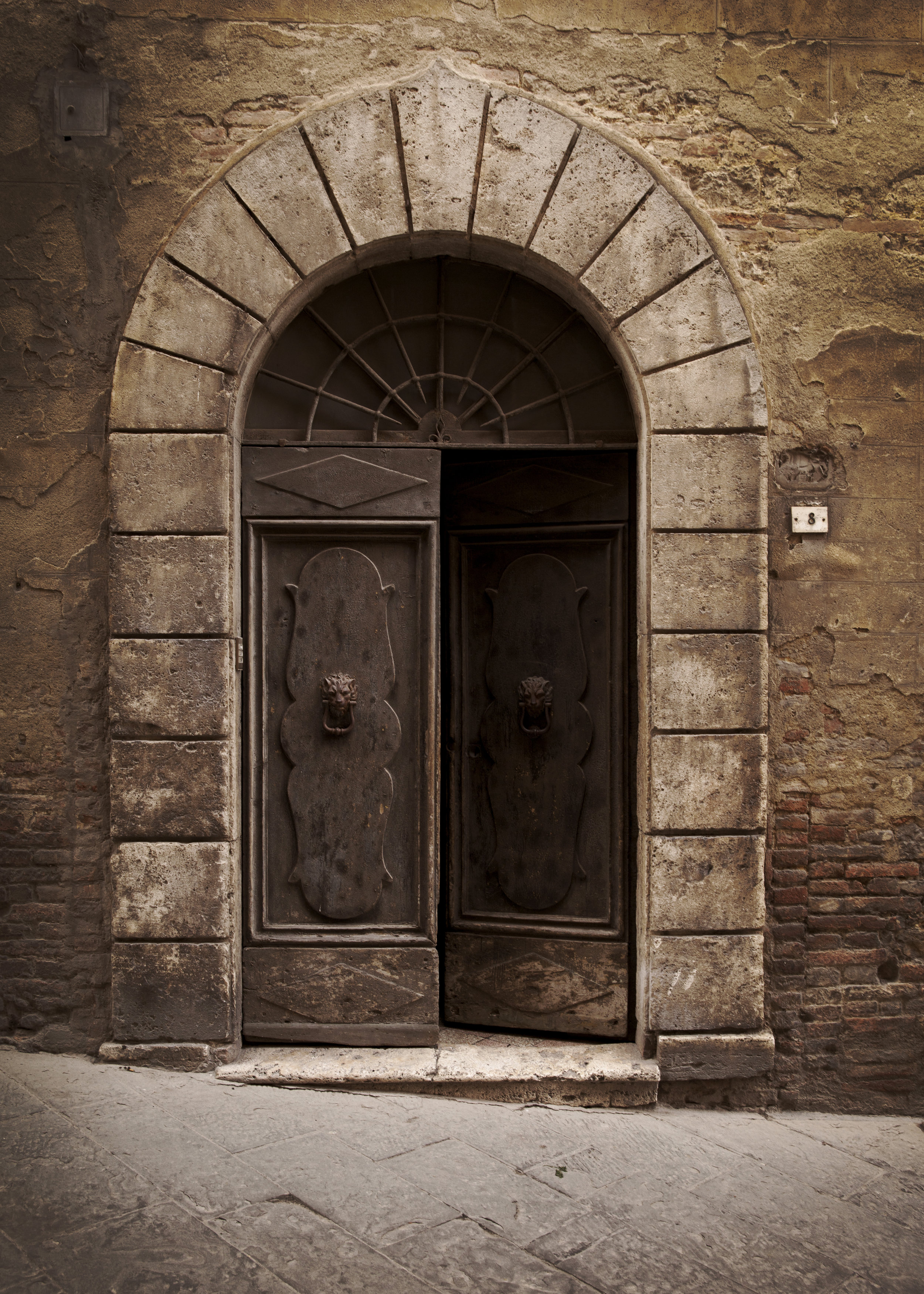 Montepulciano_Door-sm.jpg