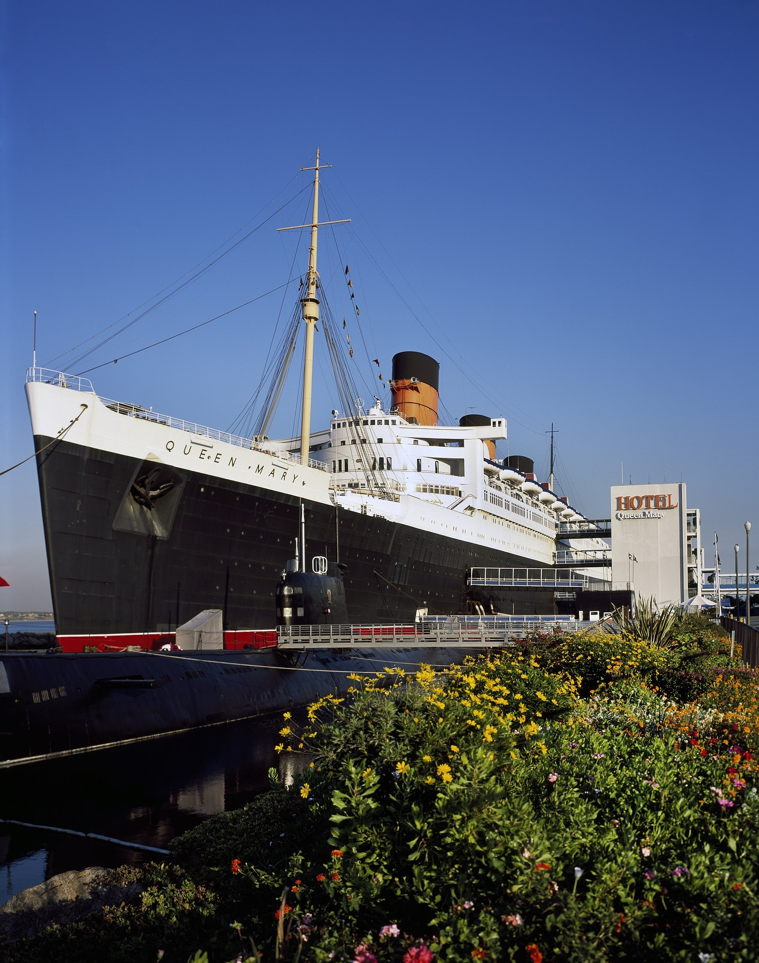 rms-queen-mary-1627372_1920.jpg