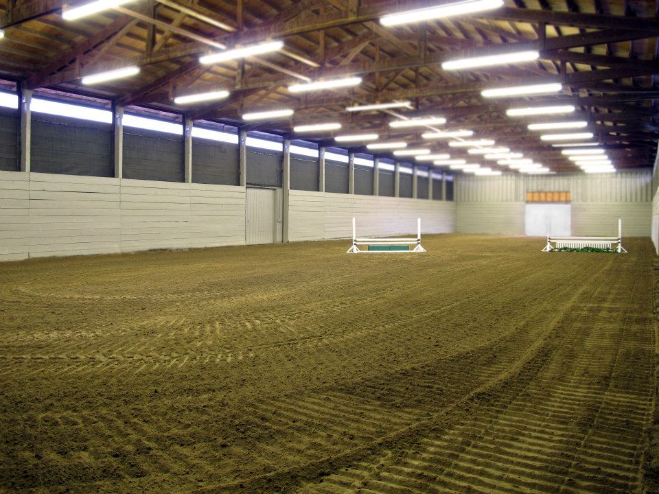 Indoor Arena  60x180 indoor arena with silica sand