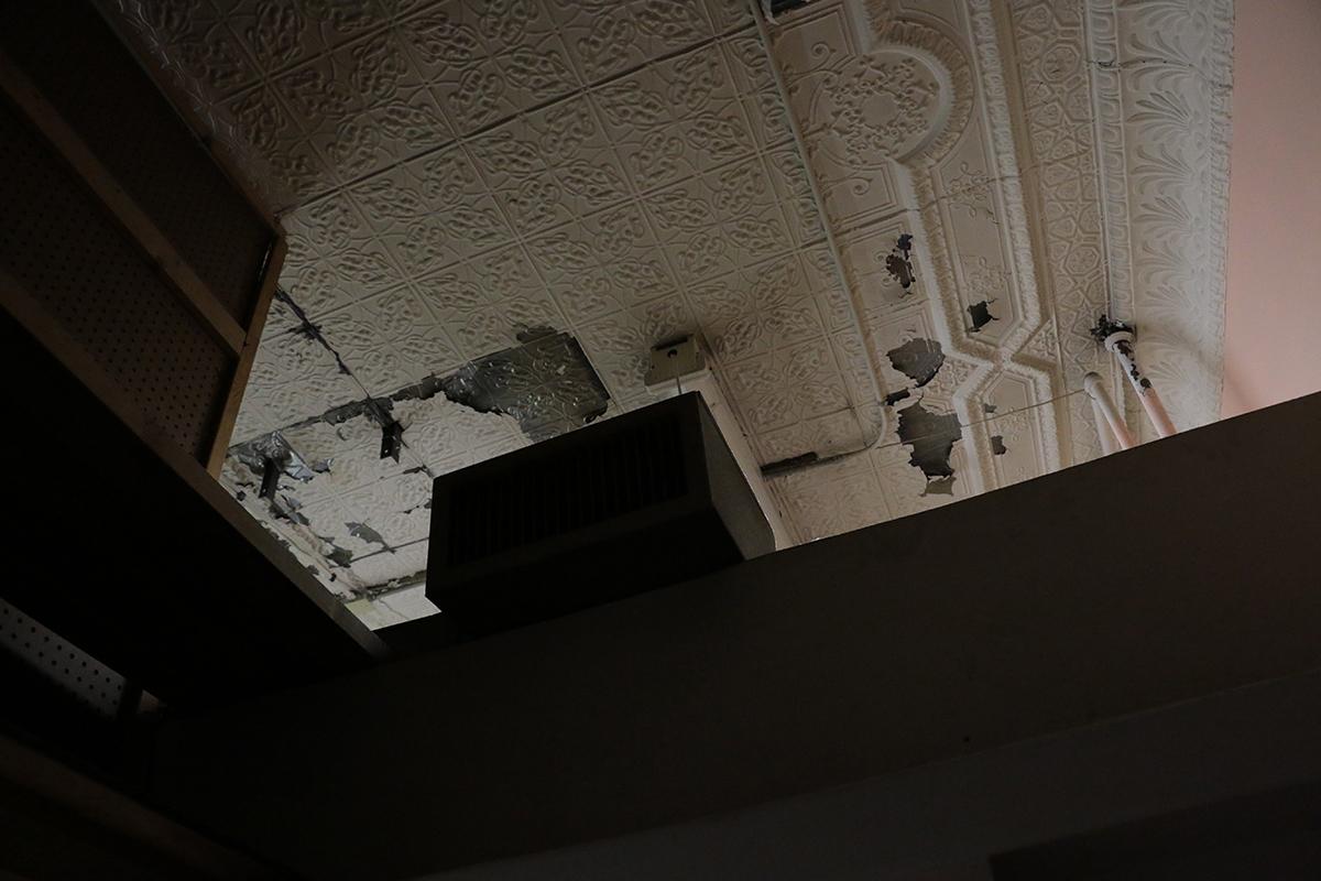 CeilingDark_3395.jpg