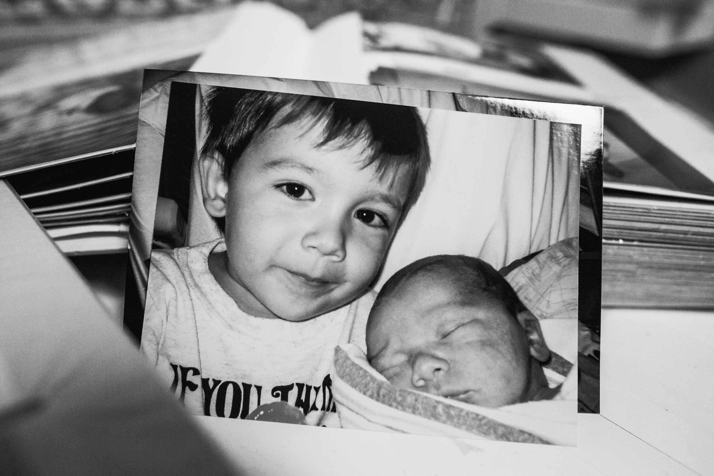 Photos of my boys in the hospital. How I wish I had more of these to remember all the details of my new baby and his big brother. | rgvbirthphotography.com | Norma Hess Photography