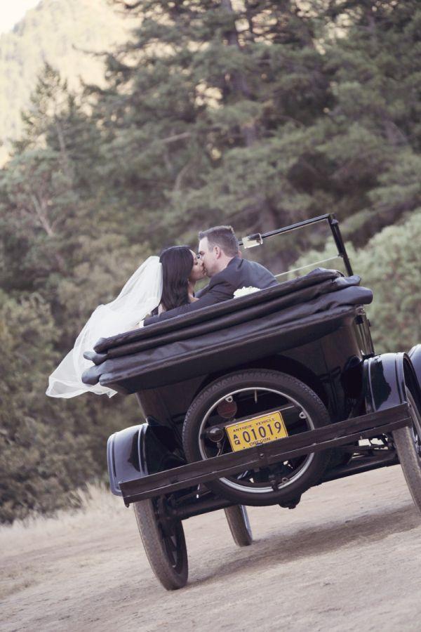 Intimate Oregon Wedding