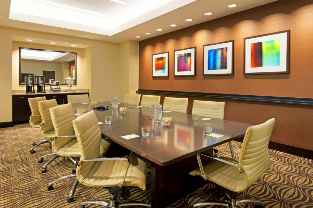 FFIS-33-Boardroom-RT.jpg