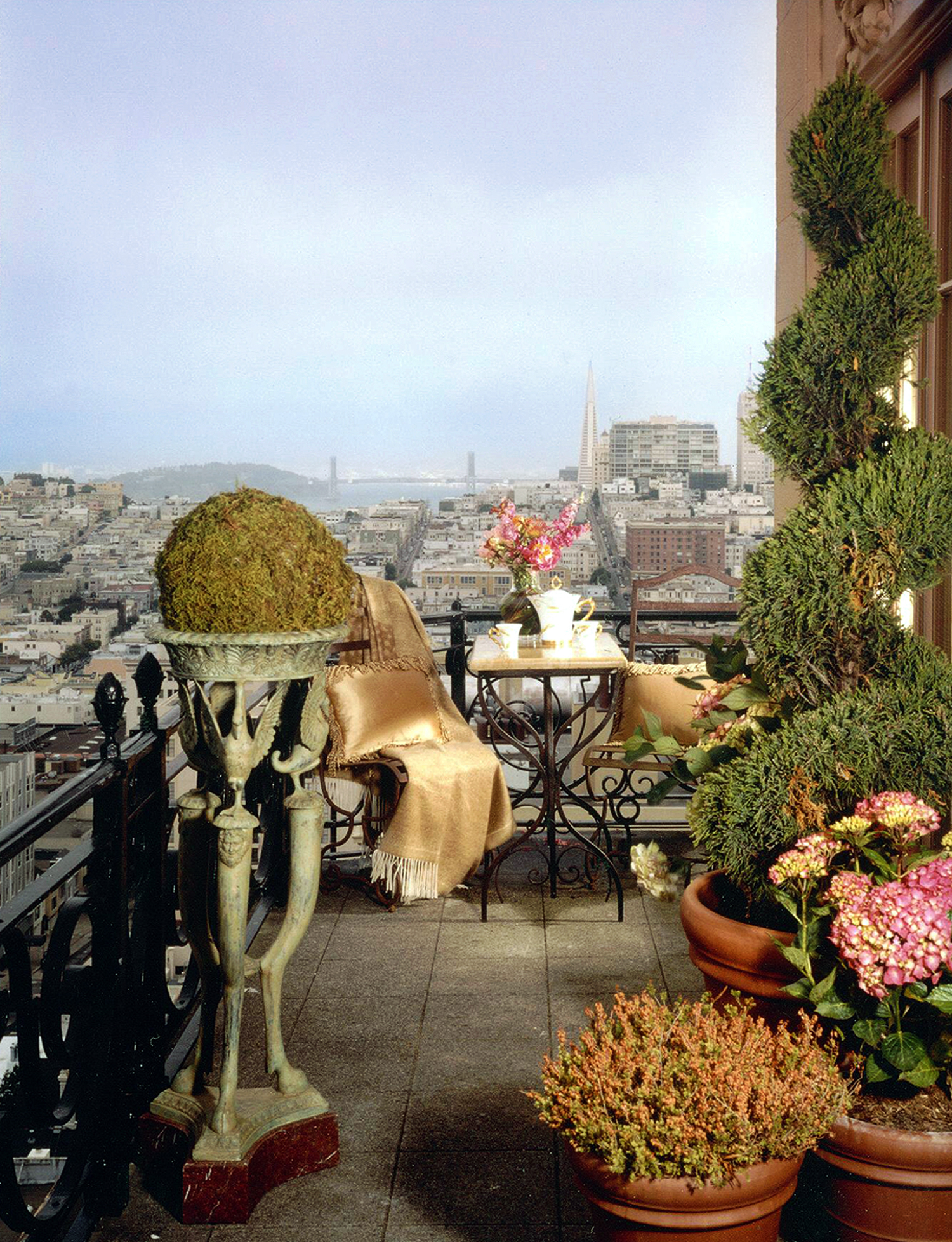 2006-Wash-Balcony-w.jpg