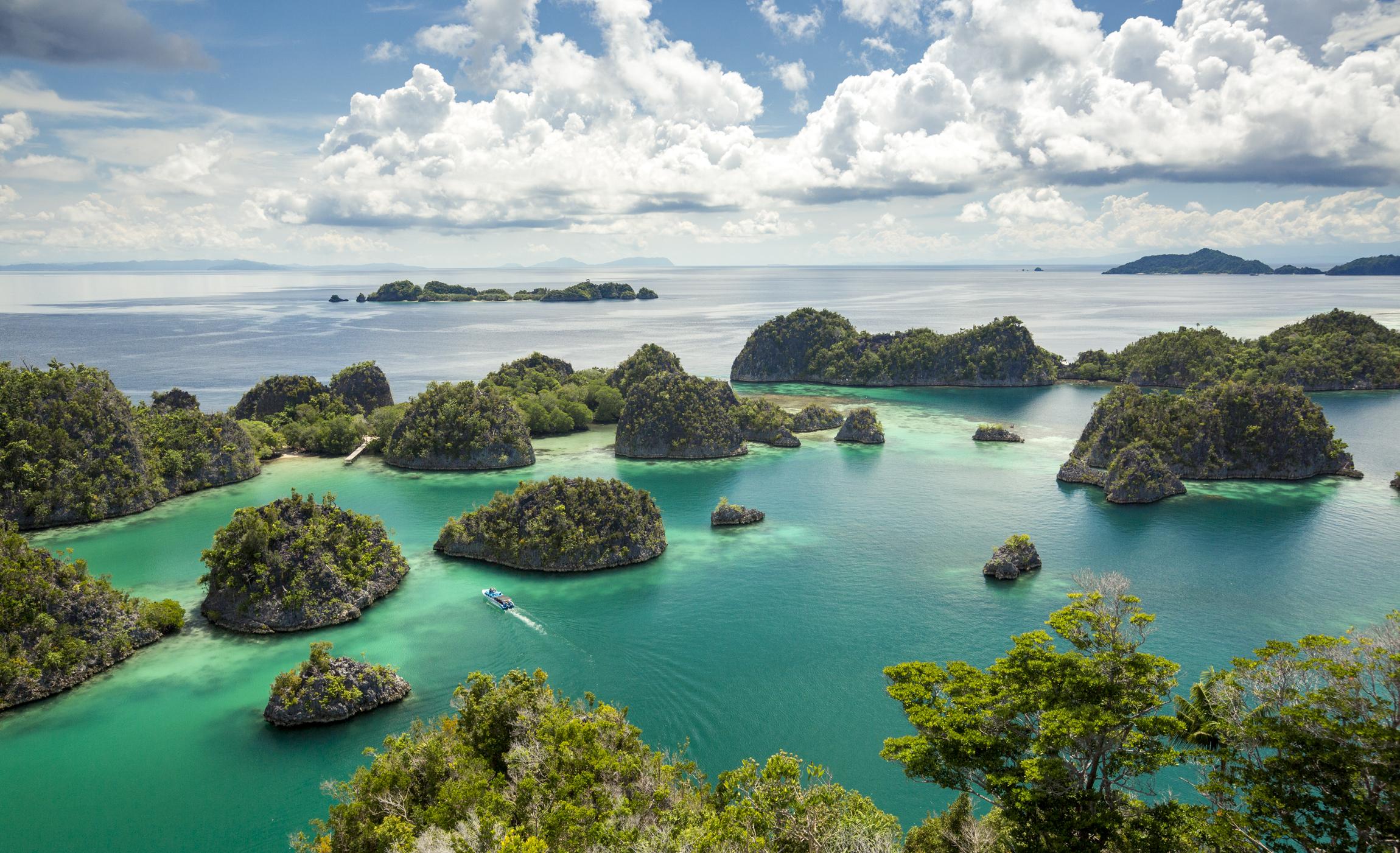 Raja Ampat Islands   Indonesia Tourism
