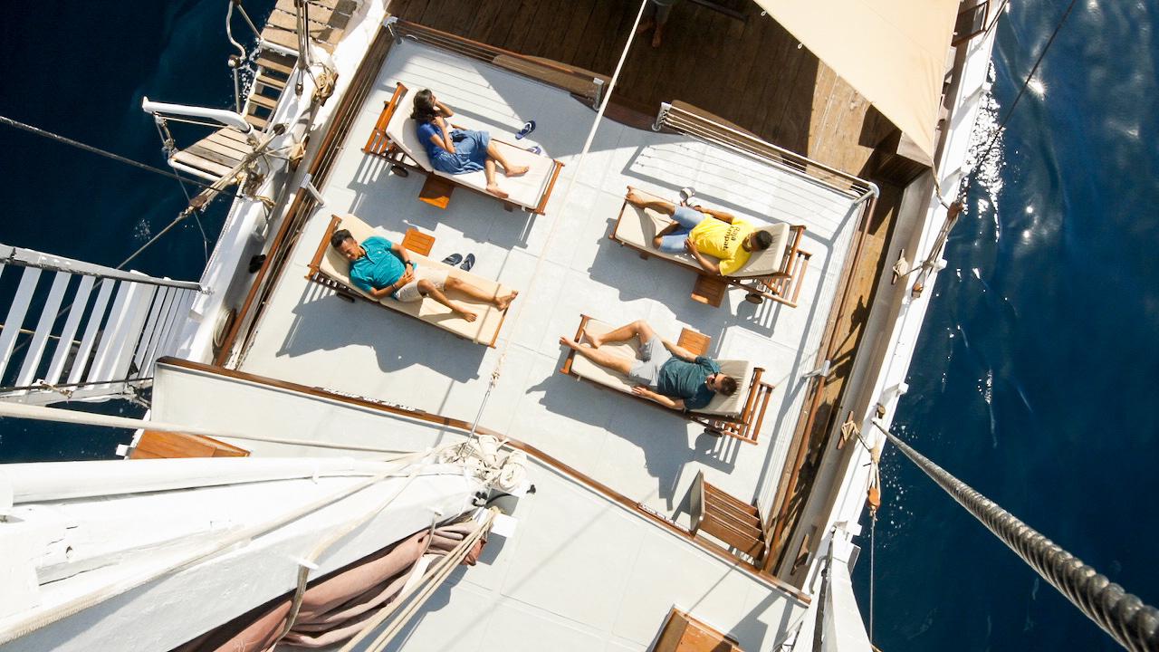 Raja Ampat Islands Yacht Charter   Indonesia Tourism