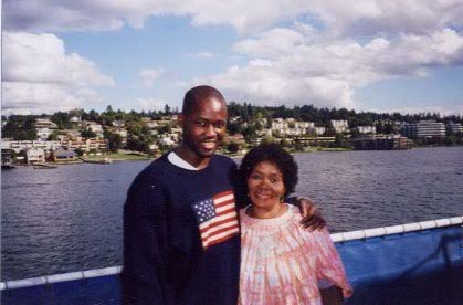 During my five-year stretch in Seattle, my mom visited annually. My neighborhood of Lower Queen Anne --  future Raptors coach Dwane Casey lived on the same block as me  -- offered some scenic views.