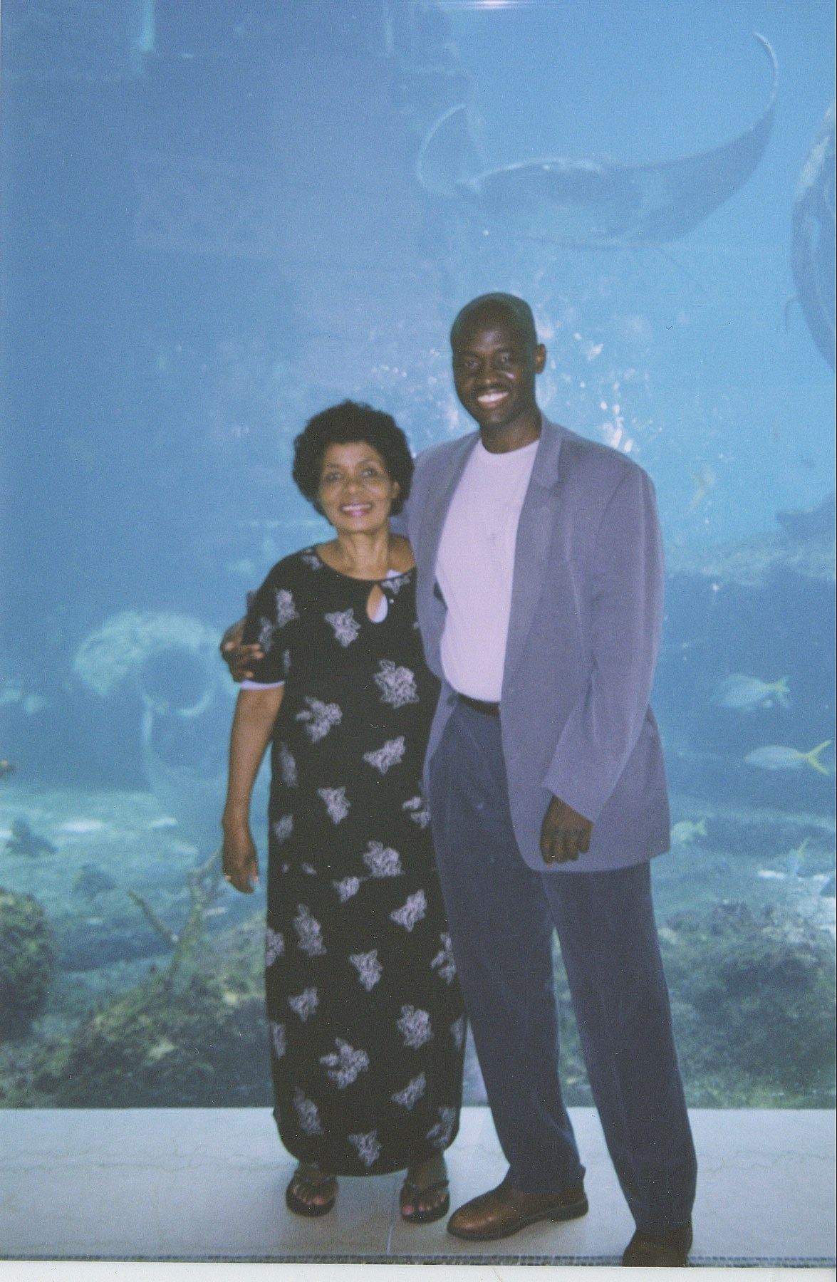 My mom and I maintained our tradition of occasionally vacationing together to make up for living in different cities. While residing in Washington, DC, I took her to the Atlantis Resort in the Bahamas, where we checked out its well-known aquarium.