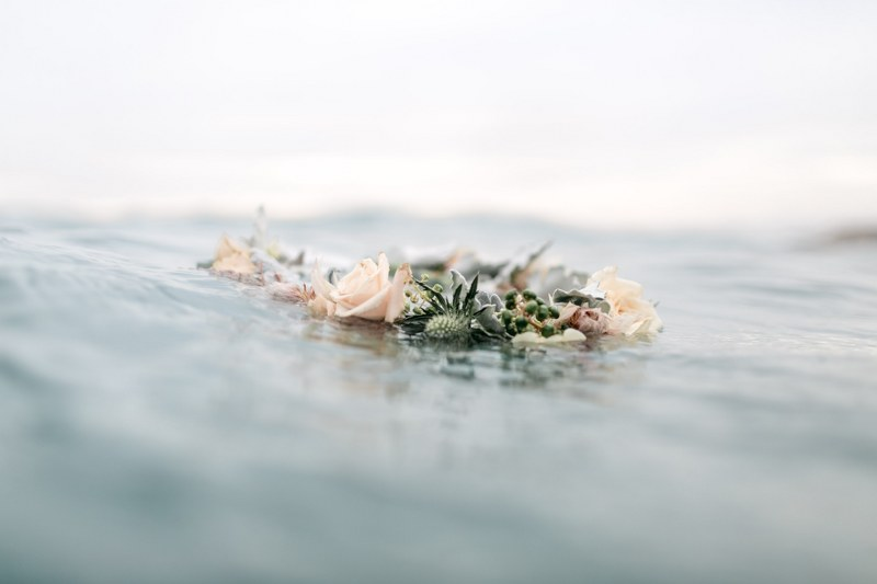 MV florals - beach engagement (34).jpg