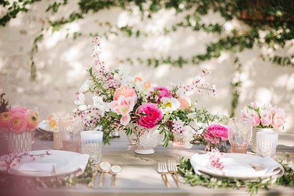 MV florals backyard easter brunch (15).jpg